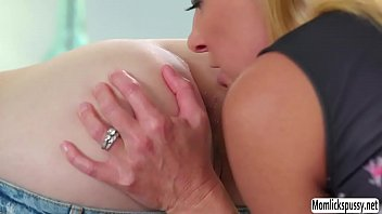threesome erotik thriller German mature bbw mom