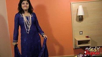 changing aunty boobs blouse indian Fuckmytitts xlovecam 2 part