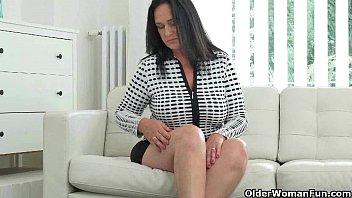 her pussy fingering creamy Alexandra varacallo gisele