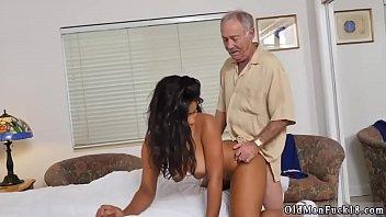 suegra mi a mecojo Mature piss on slave