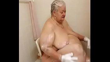 gym 19 shower Under age creampie