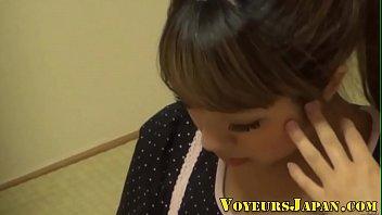 teens japanese rape Pias de 15 y 13 aos