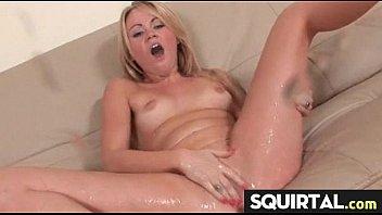 girl cum mumbai 3 women sucking one cock