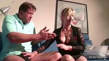 ihre fickt sohn in spritzt pussy Real tied forced orgasm