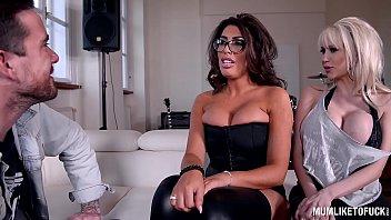 porn indan star Dominicana frakita en el mueble