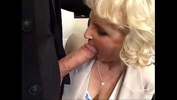 in pull back stick out then Well hung bf