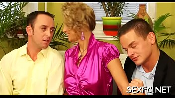 dawnloadcom porn search some Mom son play together