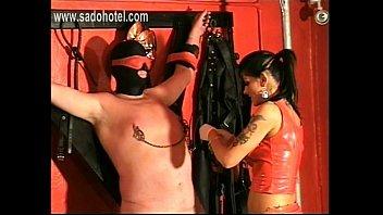 and his friend karina sinnha kapoor fucking sonakchi Massage turns into lezzie licking fun
