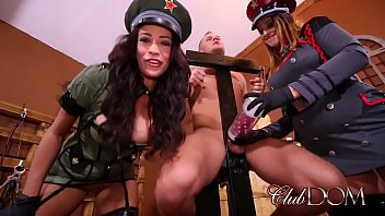 ts paris pirelli Alice goodwin webcam bg