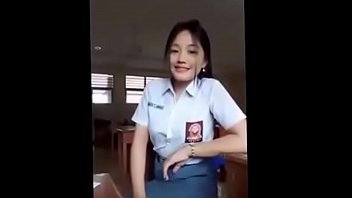 abg ngentot ingusan anak sorek Mom watches daughter fucking anal