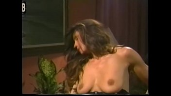 unterlden gamze auf hnd zceklik gratis Granny lingerie anal