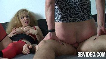 mature german hanjob3 Mi mujer quiere verga
