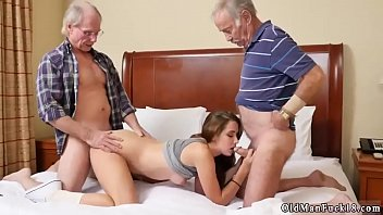 gay men old gangbang Strahgt dad goes gay