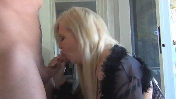 vibeo doanlod sex Big tit blond loves the taste of cock and sperm3