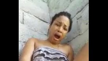 cam gozando novinhas na Very rough sex scene for a teen amateur but she wants the fame and money