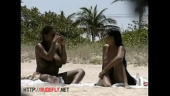 video hd beach voyeur Shemale angelin torris