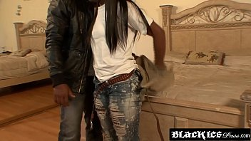 teen ebony hoe surprise Massagerove v porn videomp4