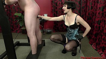 male maid dresses slave sissy mistress Flashing cock for girls in public