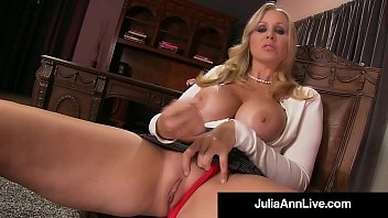 ann solo julia joi Busty lesbians get naighty in the office movie 26