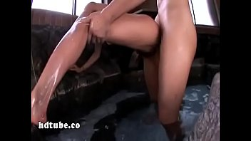 extra caliente mexicana gritan Masturbation playing console game